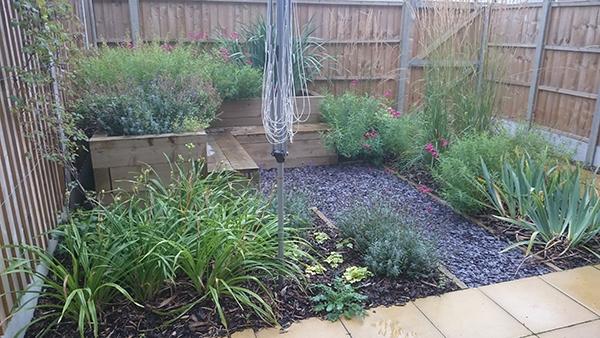 new build gardens